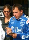 NASCAR - Ryan Newman contacte des ventilateurs photo stock