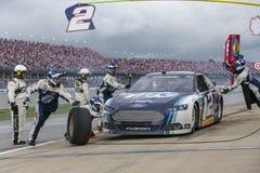 NASCAR 2013:  Sprint ahueca serie Aarons 499 el 5 de mayo Imágenes de archivo libres de regalías