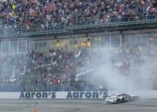 NASCAR 2013:  Sprint copo série Aarons 499 o 5 de maio Fotografia de Stock Royalty Free