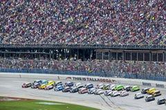 NASCAR 2013:  Sprint-Schalen-Reihe Aarons 499 am 5. Mai Lizenzfreie Stockfotos