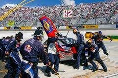 NASCAR - Squadra di pozzo nell'azione! Fotografia Stock Libera da Diritti