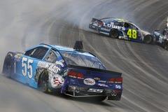 NASCAR: Talar dragande nytta autism för Maj 15 amerikanska motorförbundet 400 Royaltyfri Foto