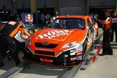 NASCAR toute l'inspection de chemin d'étoile pour Stewart Images libres de droits