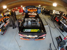 NASCAR 2013:  Van de de Reekszoetigheid van de sprintkop de de HOOFDPIJNhulp SCHOOT 500 Stock Foto's