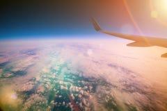Nascer do sol acima das nuvens Imagens de Stock