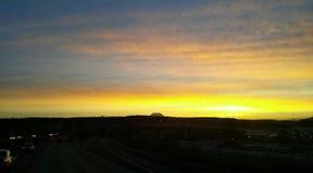 Nascer do sol amarelo Imagens de Stock Royalty Free