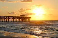 Nascer do sol atlântico dourado Imagens de Stock Royalty Free
