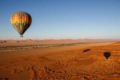 Nascer do sol do balão de ar quente fotografia de stock