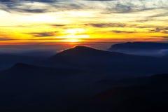 Nascer do sol bonito com luz do sol Fotos de Stock Royalty Free