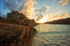 Nascer do sol bonito na praia de Inoe Fotos de Stock Royalty Free