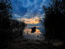 Nascer do sol bonito no delta de Danúbio, Romênia imagem de stock royalty free