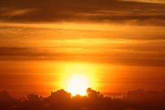 Nascer do sol brilhante Imagem de Stock