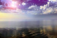 Nascer do sol colorido fantástico imagem de stock royalty free