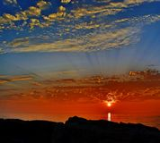 Nascer do sol colorido sobre o Lago Michigan no porto Washington Wisconsin Imagens de Stock