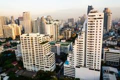 Nascer do sol com cidade Imagem de Stock