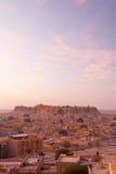 Nascer do sol da manhã da arquitetura da cidade da opinião do forte de Jaisalmer Imagens de Stock