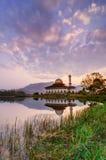 Nascer do sol da mesquita do Corão de Darul Imagem de Stock