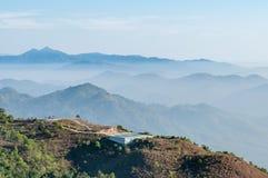 Nascer do sol da montanha da paisagem Fotografia de Stock