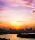 Nascer do sol da opinião do rio na manhã bonita Imagem de Stock