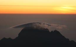 Nascer do sol da parte superior de Kilimanjaro Imagem de Stock Royalty Free