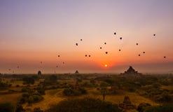 Nascer do sol de Bagan fotografia de stock royalty free