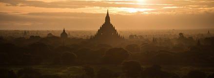 Nascer do sol de Bagan, Myanmar Imagens de Stock Royalty Free