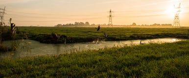 Nascer do sol de Durgerdam na manhã imagem de stock