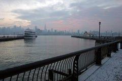 Nascer do sol de Manhattan Fotos de Stock Royalty Free