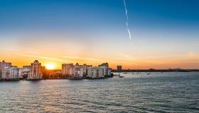 Nascer do sol de Sarasota, Florida na mola Fotografia de Stock