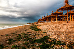 Nascer do sol de Vama Veche Romênia na praia Fotografia de Stock