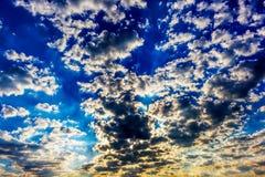Nascer do sol do céu azul Imagens de Stock Royalty Free