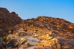 Nascer do sol do deserto de Moses da montagem Fundo da natureza com céu e rochas Fotografia de Stock Royalty Free