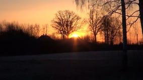 nascer do sol do inverno do amanhecer na vila filme