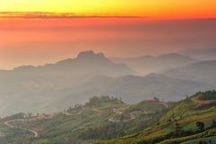 Nascer do sol do ponto de vista de Phutabberk Imagem de Stock Royalty Free