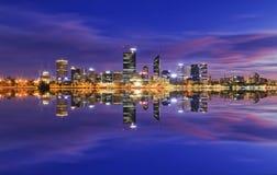 Nascer do sol do rio de Perth CBD Imagens de Stock Royalty Free