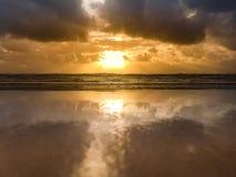 Nascer do sol dourado queensland fotografia de stock