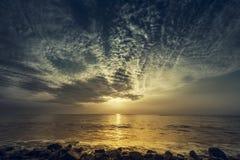 nascer do sol e céu Fotos de Stock Royalty Free