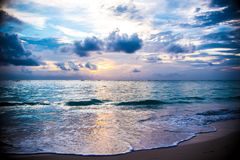Nascer do sol e por do sol da ilha da República Dominicana Fotos de Stock Royalty Free