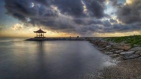 Nascer do sol em Bali Fotos de Stock