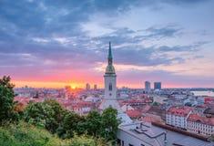 Nascer do sol em Bratislava, Eslováquia Fotografia de Stock