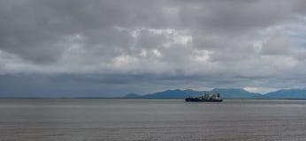 Nascer do sol em Bristol Bay de Ekuk Alaska fotos de stock royalty free
