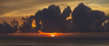 Nascer do sol em Candidasa Foto de Stock Royalty Free