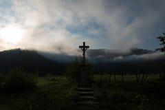 Nascer do sol em montanhas Carpathian Fotos de Stock Royalty Free