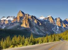 Nascer do sol em Rocky Mountains, Banff NP, Alberta, Canadá Fotografia de Stock