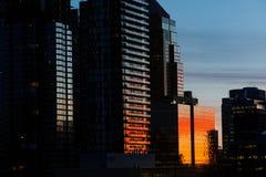 Nascer do sol ferozmente colorido em Calgary Fotos de Stock