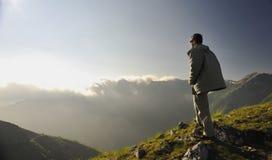 Nascer do sol fresco na montanha foto de stock royalty free