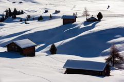 Nascer do sol do inverno sobre Alpe di Siusi Dolomite, Itália Fotografia de Stock Royalty Free