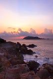 Nascer do sol litoral Fotografia de Stock Royalty Free
