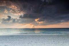 Nascer do sol maldivo Imagens de Stock Royalty Free