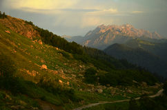 Nascer do sol, montanhas Imagens de Stock